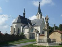 Kostel Nanebevzetí Panny Marie v Cholině