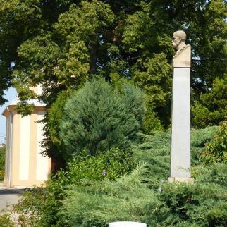 Busta T. G. Masaryka v Loučce