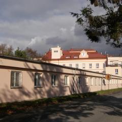 klášter u nádraží Červenka